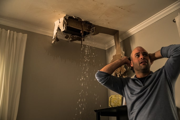 Signs of Ceiling Water Damage in Southwest Florida